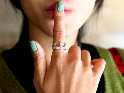 Что означают кольца на пальцах для женщин и мужчин?